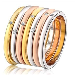 Love rings with Austrian Crystal